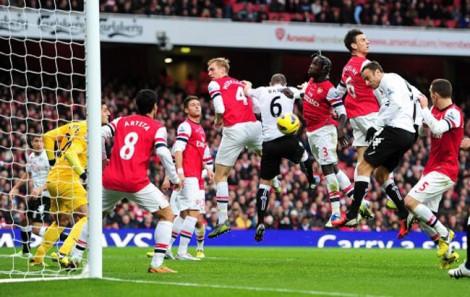 Arsenal 1-2 Fulham- Gol de Berbatov | BPL Images