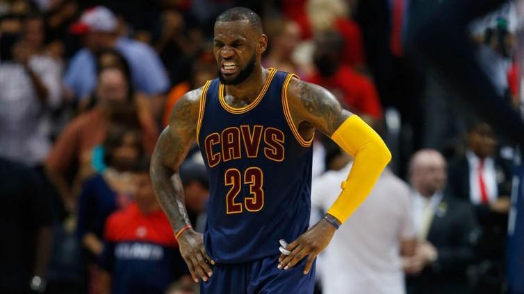 LeBron James lamenta la oportunidad perdida de obtener el factor cancha