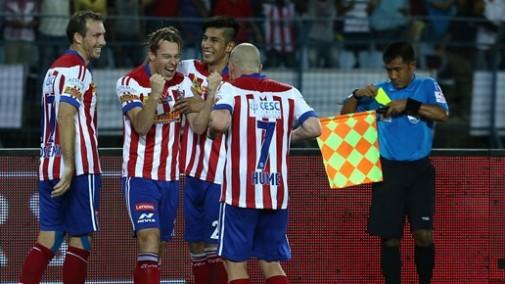 Javi Lara celebra el segundo gol del Atlético de Kolkata ante el Kerala Blasters