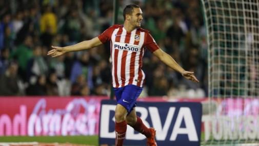 Koke celebra el único gol del encuentro en el Betis - Atlético