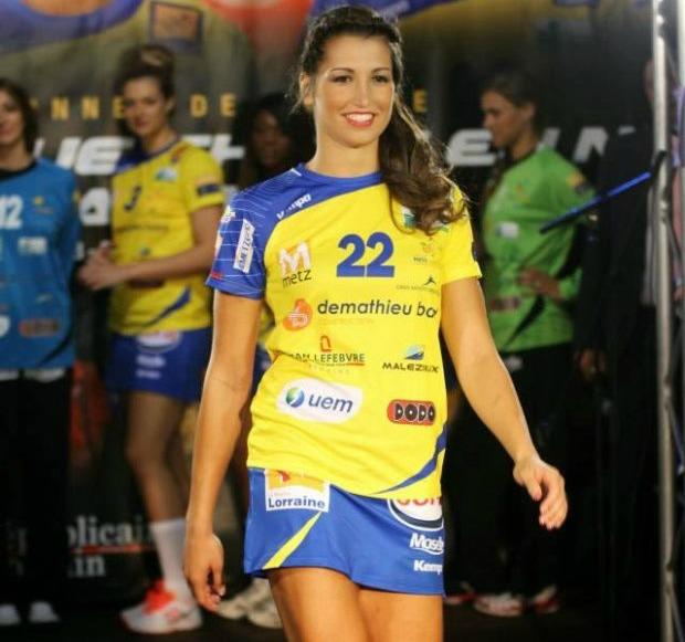 z17167821Q,-b-Lara-Gonzalez-Ortega--b---22-letnia-reprezentan