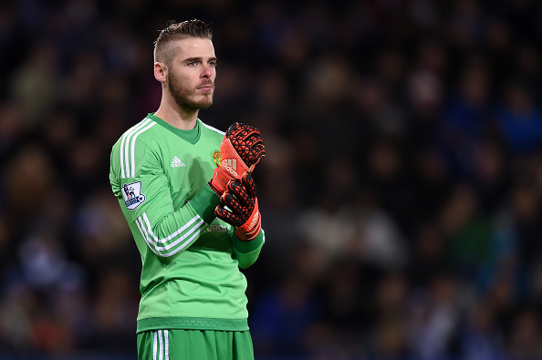 LEICESTER, ENGLAND - NOVEMBER 28: David De Gea of Manchester United looks on during the Barclays Premier League match between Leicester City and Manchester United at The King Power Stadium on November 28, 2015 in Leicester, England. (Photo by Michael Regan/Getty Images)