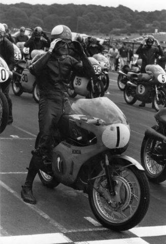 Mike Hailwood Brands Hatch - Sphera Sports