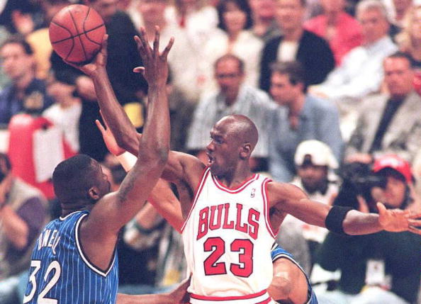 Mike vs Shaq | Getty Images
