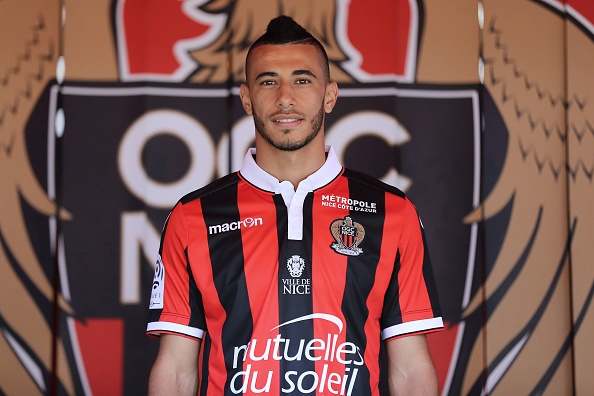 Nice's football club new signing French-born Moroccan midfielder Younes Belhanda poses on September 2, 2016 at the Allianz Riviera stadium in Nice, southeastern France. / AFP / VALERY HACHE (Photo credit should read VALERY HACHE/AFP/Getty Images)