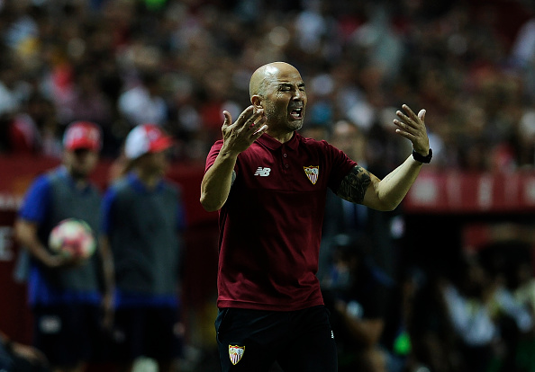 Sevilla's Argentinian coach Jorge Sampaoli gestures on the sideline during the Spanish league football match Sevilla FC vs Real Betis at the Ramon Sanchez Pizjuan stadium in Sevilla on September 20, 2016. / AFP / CRISTINA QUICLER (Photo credit should read CRISTINA QUICLER/AFP/Getty Images)