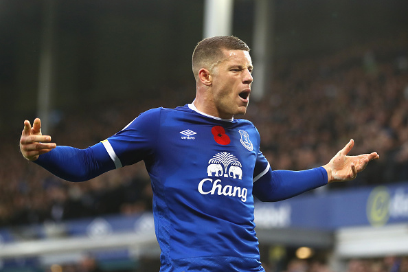 LIVERPOOL, ENGLAND - OCTOBER 30: Ross Barkley of Everton celebrates scoring his sides second goal during the Premier League match between Everton and West Ham United at Goodison Park on October 30, 2016 in Liverpool, England.  (Photo by Michael Steele/Getty Images)